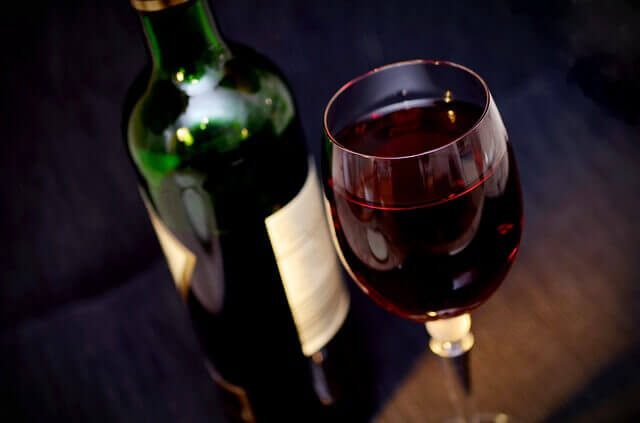Propriedades do vinho para reduzir o colesterol LDL