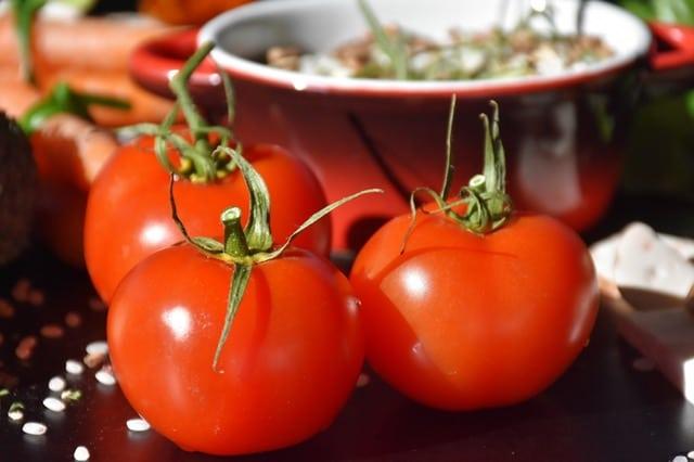 alimentos que protegem do sol