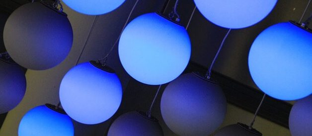 A luz azul previne os suicídios