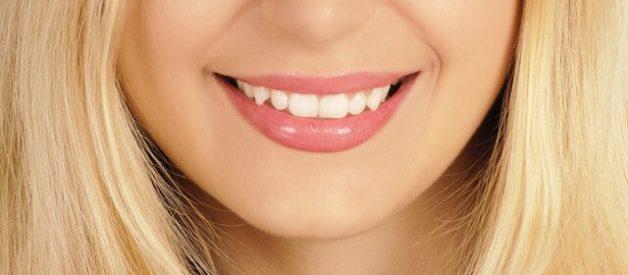 Como Lavar E Clarear Os Dentes Com Bicarbonato De Sodio