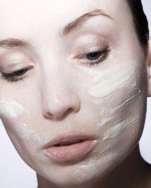 Como diminuir a oleosidade do rosto