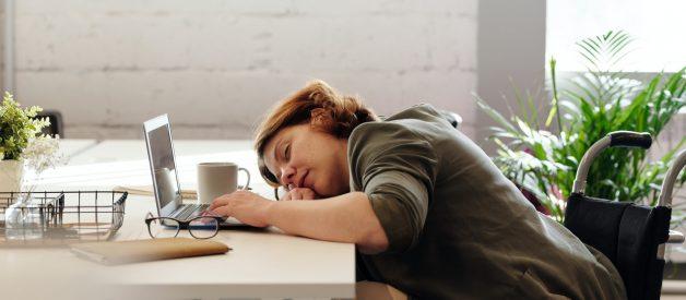Dormir pouco pode engordar
